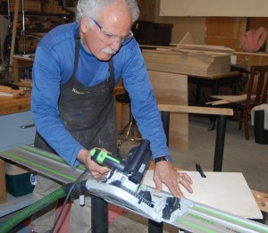 Cutting triangular sides with circular saw and guide rail